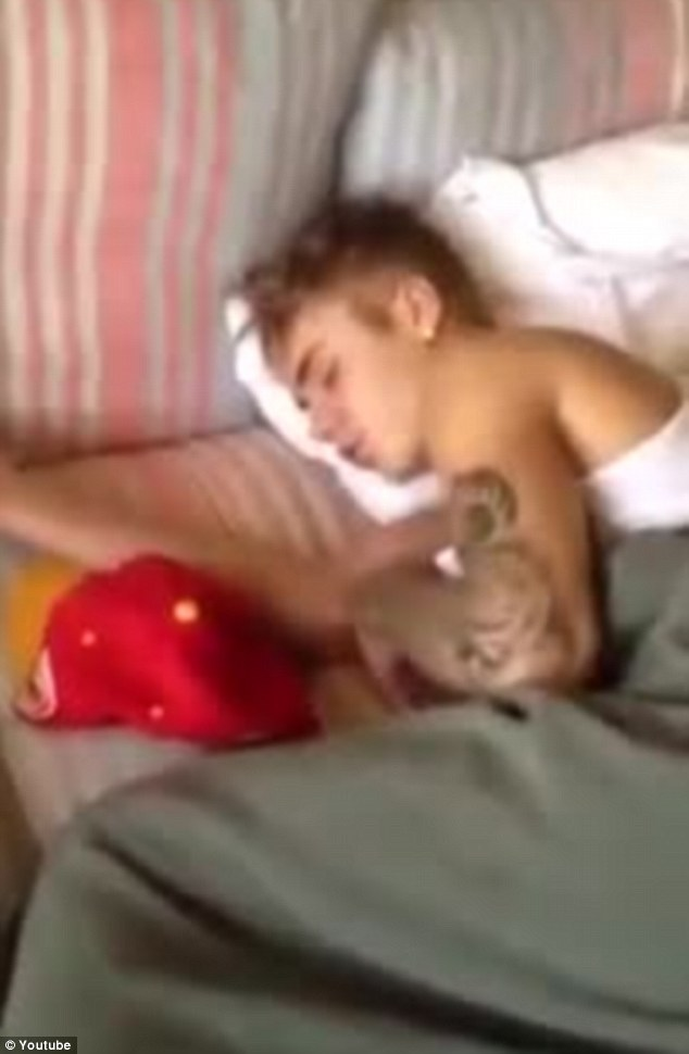 miley cyrus having sex in bed naked